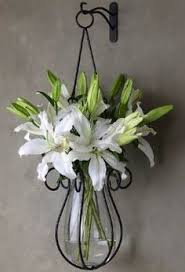 Vase Wall Decor This Graceful Wrought Iron Knot Vase Is Simplistic Yet Stunning