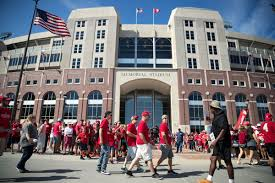 halftime huskers take first lead into locker room since arkansas