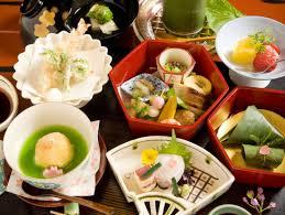 maiko experience with traditional kaiseki dinner at gion hatanaka