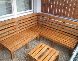 holzbelag balkon outdoor lounge selber bauen garten holz möbel sommer bau