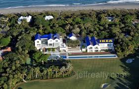 tiger woods house tiger woods home slated for downsizing 5 4 million reasons a