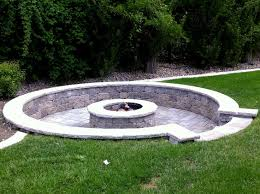Landscape Fire Features And Fireplace Image Gallery 162 Best Landscaping Fire Pit Place Images On Pinterest Bar