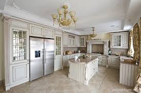 Classic Kitchens With Traditional And Antique Cabinets - Classic kitchen cabinet
