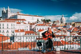 25 cool things to do in portugal this summer for digital nomads