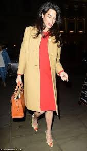 is amal clooney hair one length pregnant amal clooney heads to war crime speech in london daily