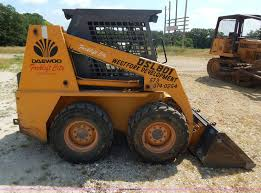 1998 daewoo dsl801 skid steer item g3311 sold august 15