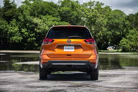 nissan rogue exterior 2017 nissan rogue first look review motor trend