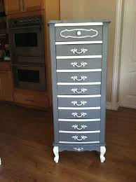 Shabby Chic Lingerie Chest by French Provincial Lingerie Chest Why Oh Why Do Ppl Paint Over