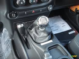 2013 jeep wrangler rubicon 4x4 6 speed manual transmission photo