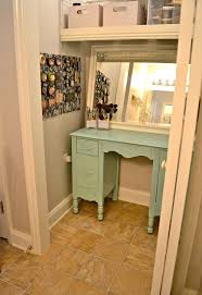 Diy Bedroom Organization by Best 25 Small Makeup Vanities Ideas On Pinterest Vanity For