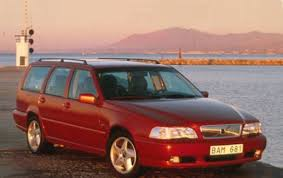 volvo hatchback 1998 1999 volvo v70 information and photos zombiedrive