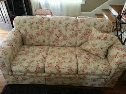 Ebay Cream Sofa Haverty U0027s Sofa Cream Floral Shabby Cottage Style Floral Sofa
