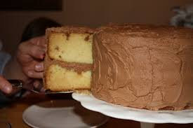 homemade yellow cake with chocolate fudge frosting u0026 how to frost