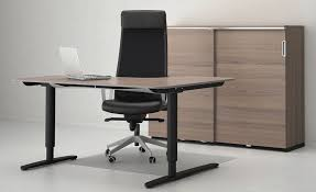 Sit To Stand Desk Ikea Ikea Has Just Blown Our Minds With Their Bekant Desk That Adjusts