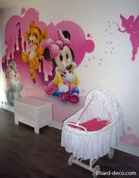 description d une chambre de fille décoration murale chambre bébé disney beau dã coration d une chambre