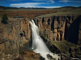 Colorado Waterfalls images 5 waterfalls in colorado you must visit this summer lawn pros jpg