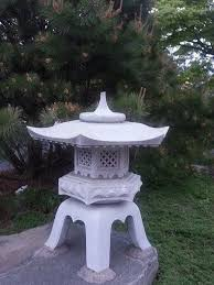 Japanese Garden Lamp by The 25 Best Japanese Stone Lanterns Ideas On Pinterest Stone