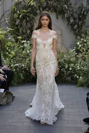 lhuillier wedding dresses here s every look from lhuillier s bridal show 22 wedding