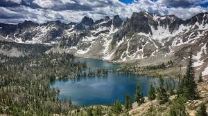 guided climbing hiking backcountry skiing in the sawtooth