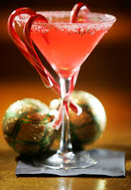 chocolate peppermint martini seasonal holiday cocktails minimize end of semester woes the