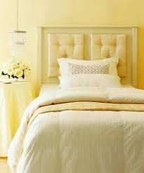 yellow bedroom ideas best 25 pale yellow bedrooms ideas on pale yellow