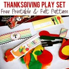 thanksgiving play sets and felt patterns on