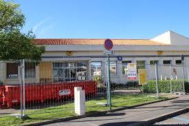 bureau de poste 16 un mois de retard pour les travaux de la poste actu fr
