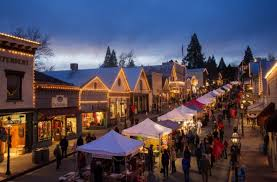 10 u s towns with incredible christmas celebrations huffpost
