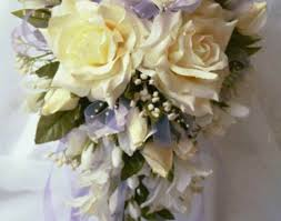 wedding bouquet cost wedding bouquet beautiful wedding flowers cost photo via