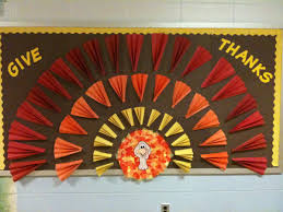 give thanks turkey bulletin board idea myclassroomideas