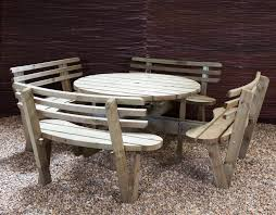 Picnic Bench Hire This Round Picnic Table Seats Up To 8 People Comfortably On Its 4