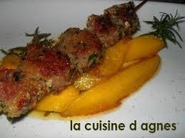 cuisiner mangue brochettes de magret de canard poêlées à la mangue recette ptitchef