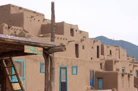 100 pueblo adobe houses architecture du jour the new mexico
