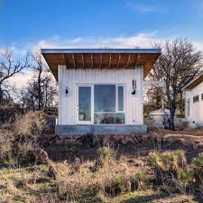 llano exit strategy a shared cabin compound matt garcia design