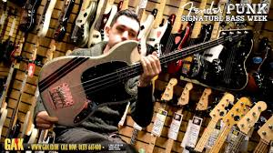 squier mustang bass squier mikey way my chemical mustang bass demo at gak