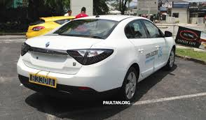 renault fluence renault fluence z e with tradeplates spotted in pj