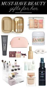 must have beauty gifts for her idee regalo di natale sacchetti