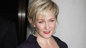 amy carlson hairstyles on blue bloods why blue bloods lost its linda ontvtoday