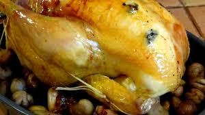 cuisiner une poularde pour noel poularde truffée et farcie une volaille idéale pour noël recette