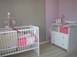 chambre bébé taupe et couleur chambre bebe marron avec best couleur chambre bebe taupe