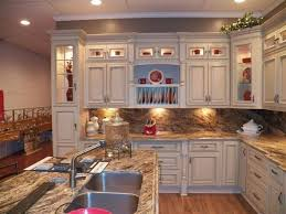 inexpensive white kitchen cabinets 143 best antique white kitchen cabinets images on pinterest