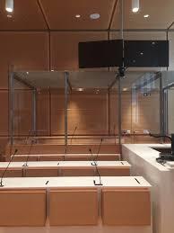 chambre correctionnelle communiqué commun sur les box fermés dans les salles d audience le saf