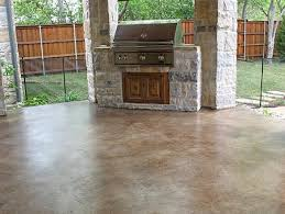 Backyard Concrete Patio Easy Painting Concrete Patio In Backyard Patio Space With Barbeque