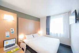 hotel chambre fumeur b b hôtel besancon besançon hotels com