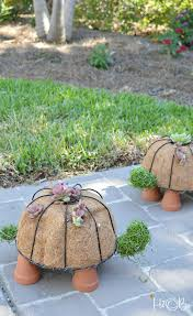 how to make a diy turtle topiary gardens simple and diy home