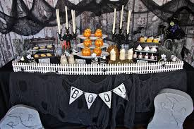 Halloween Decorations For Free Haunted Mansion Graveyard Halloween Party Plus Free Printables