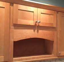 maple shaker in stock kitchens