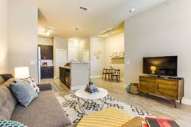 the 5 best dallas apartments with pools available now the maple ave 1 maple ave 3