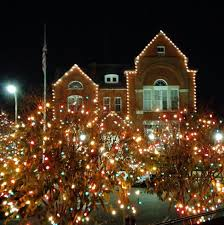 oxford named in 10 most beautiful christmas small towns in america