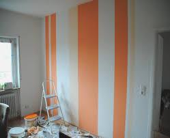 wnde streichen ideen farben fein wohnzimmer streichen streifen farbe kazanlegend info ideen